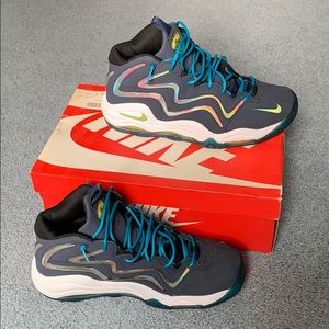 Nike Shoes - Nike Air Pippen's, size 12